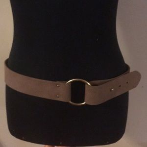 Brown adjustable faux leather belt